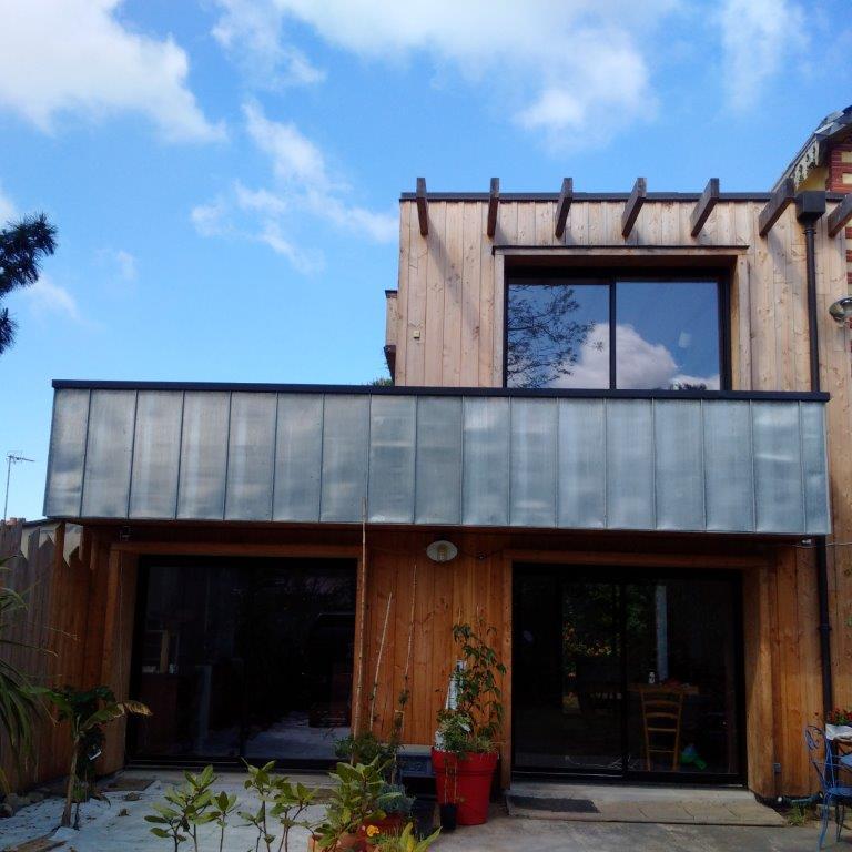 Agrandissements et rénovations - Une cabane dans les arbres